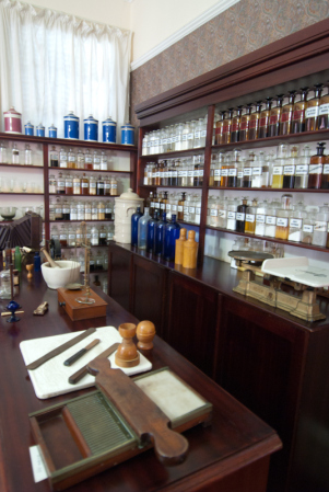 a 1910-era pharmacy at Cape Medical Museum, photo by Adrian Bischoff